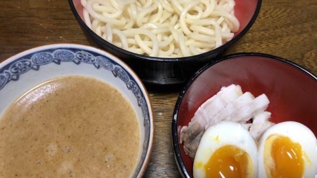 つけ麺と半熟卵