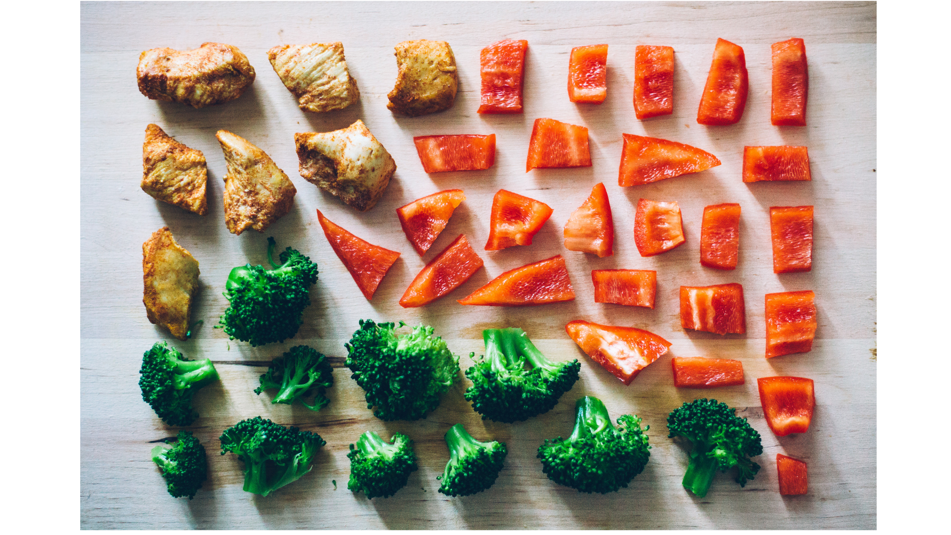 ブロッコリーとカラフル野菜